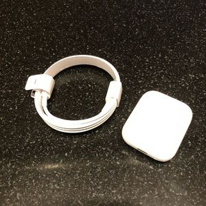 Apple AirPod Gen 1 Charging Case and Charging Cord